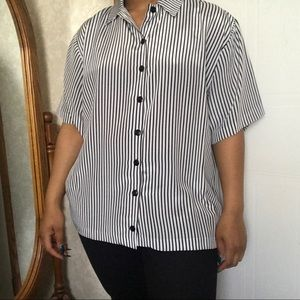Tops - Black and White Boxy Button Down Blouse